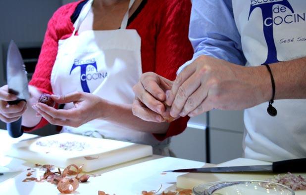 Cocinando en la Escuela de Cocina de Telva